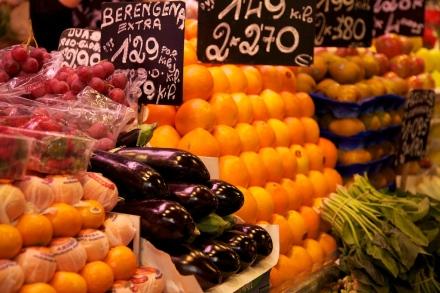 Barcelone-Boqueria-fruits-et-légumes[1]